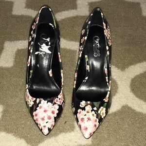 Carlos Santana Shoes - Carlos Pink Flower Pumps